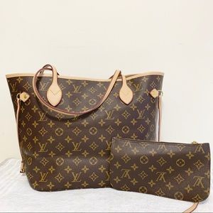 Louis Vuitton 13 x 12 x 7 monogram